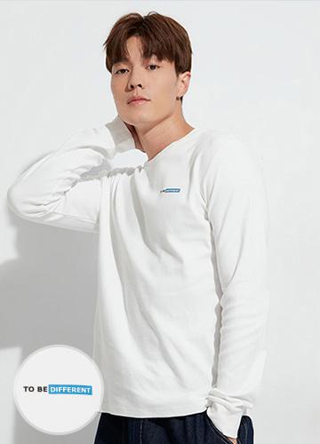 DIFFERENT印字長袖T恤